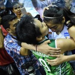 BFFs: Fajardo and Valdez share emotional moment after game 3