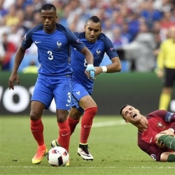 Column: Euro 2016 final again proves football's cruelty