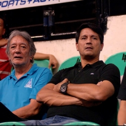 Richard Gomez visits his usual playing turf