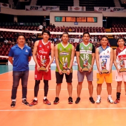 Pair of MVPs dedicate awards to team setter