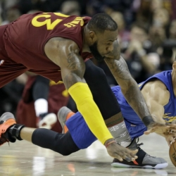 Curry, Warriors ready for another Cavs rematch