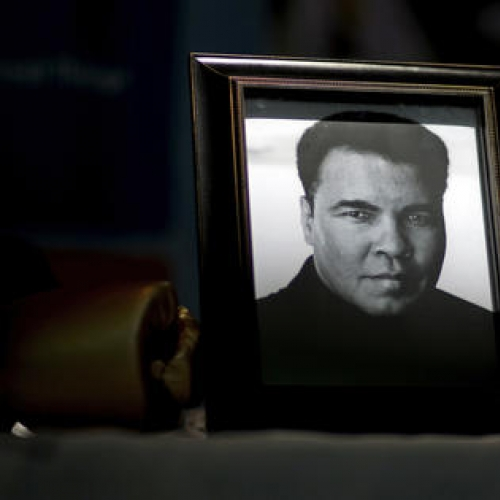 Champ's artistic side to be displayed at Muhammad Ali Center