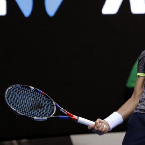 Istomin credits coach (and mother) for upset over Djokovic