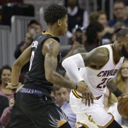 All-Stars LeBron, Irving lead Cavs past Suns