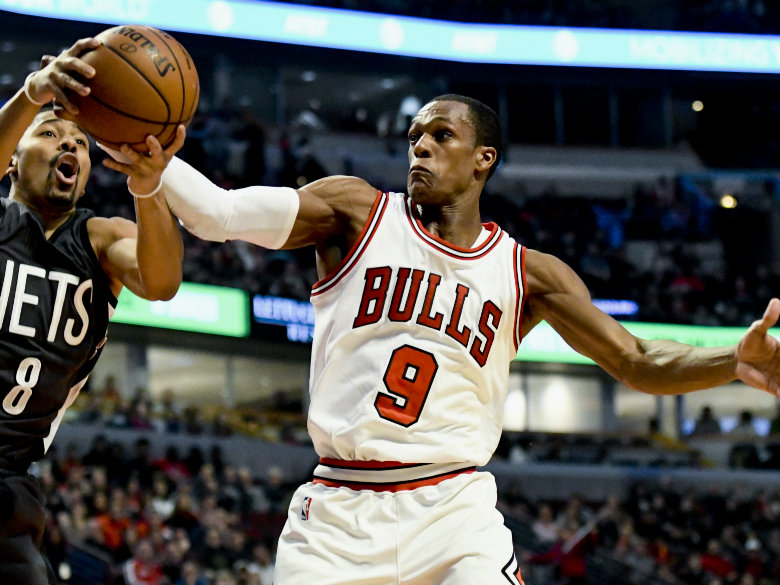Bulls' Rondo lashes out at Wade, Butler in Instagram rant ...