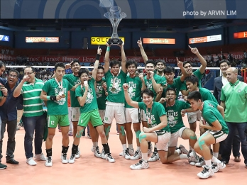 Blazers make history, win first-ever men's volleyball title