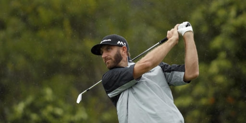 Johnson takes 36-hole lead at rainy Riviera