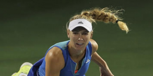 Wozniacki wins Dubai opener after Doha final