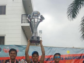 Altas bag NCAA men's beach volleyball crown
