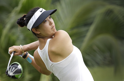 Michelle Wie leads LPGA Singapore by 2 after 3 rounds