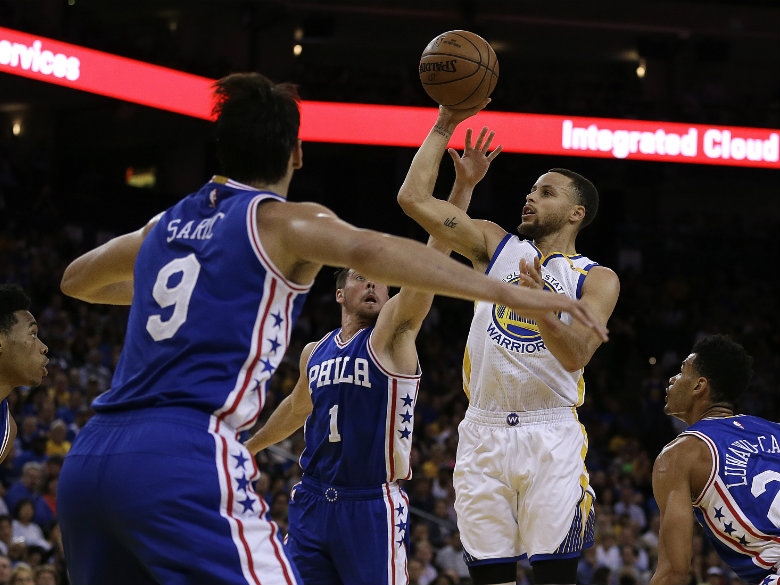 Warriors hold off Sixers 106-104 to snap three-game skid