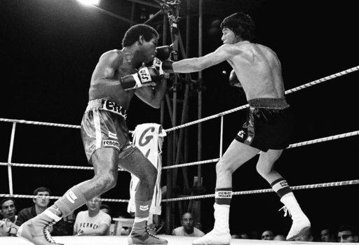 Former middleweight boxing champ Rodrigo Valdes dies