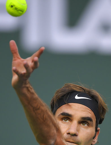 Federer, Nadal win to set up early showdown at Indian Wells
