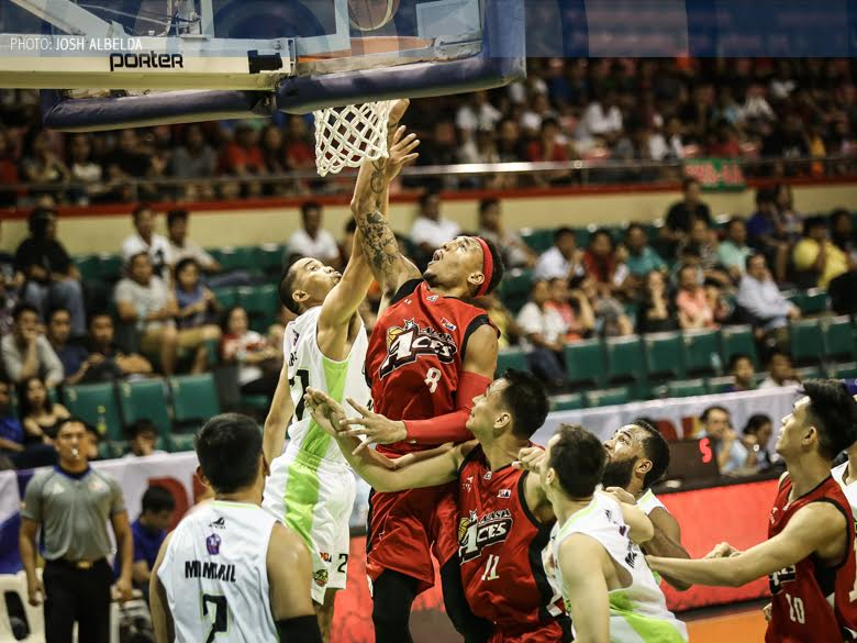Aces make quick work of Romeo-less Batang Pier