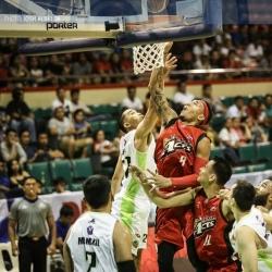 Aces make quick work of Romeo-less Batang Pier