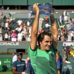 Federer beats Wawrinka for tying 5th Indian Wells title