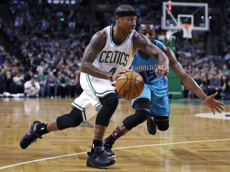 Isaiah Thomas returns to Celtics lineup after knee injury