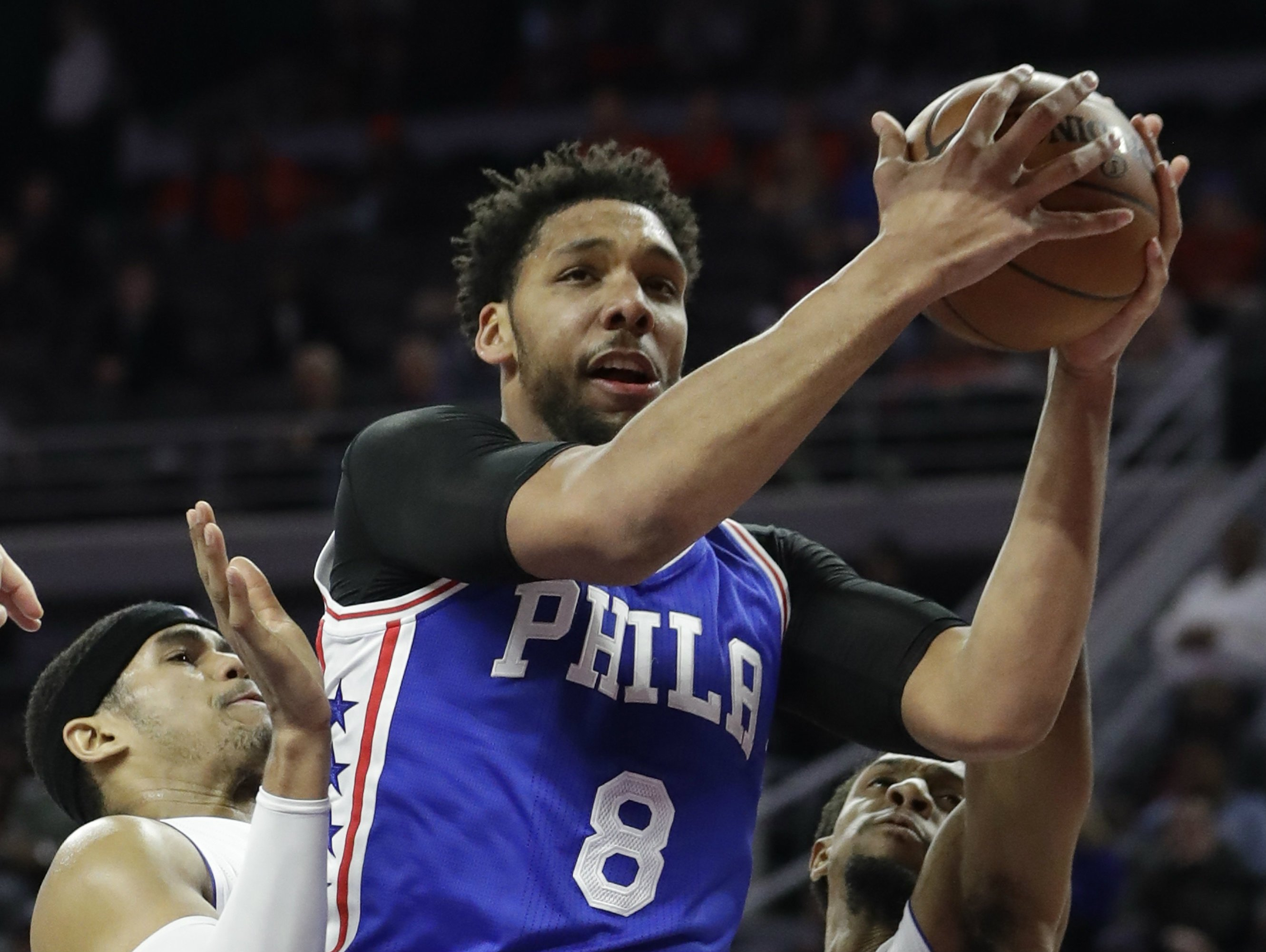 76ers' Okafor out with right knee soreness