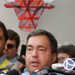 Remembering Jerry Krause, Bulls' GM during 90s dynasty