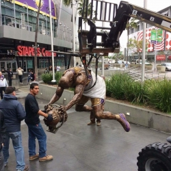 Immortalizing Shaq a larger-than-life task for artist