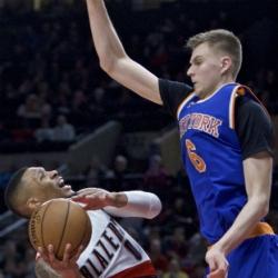Lillard scores 30, Trail Blazers rout Knicks 110-95