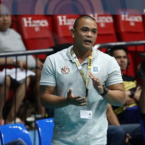 Di bale ng mamatay huwag lang mapahiya -- UST coach Reyes