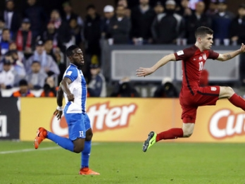 Pulisic becomes heartbeat of US team at age 18