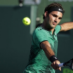 Federer and Nadal advance, Wawrinka ousted at Miami Open