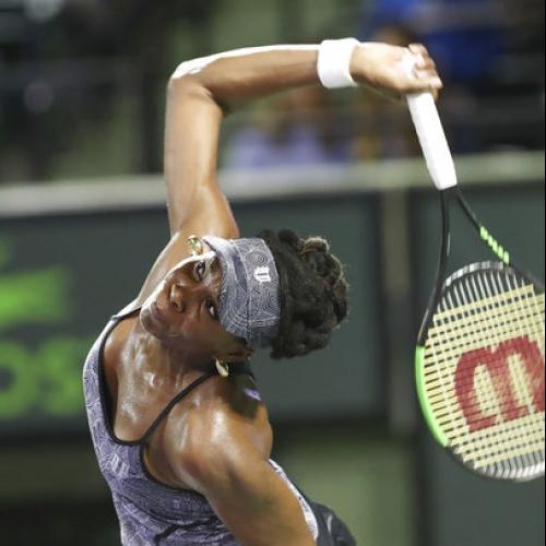 Venus Williams beats No. 1 Kerber in Miami Open quarters