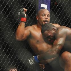 Cormier retains light heavyweight belt, retires Johnson
