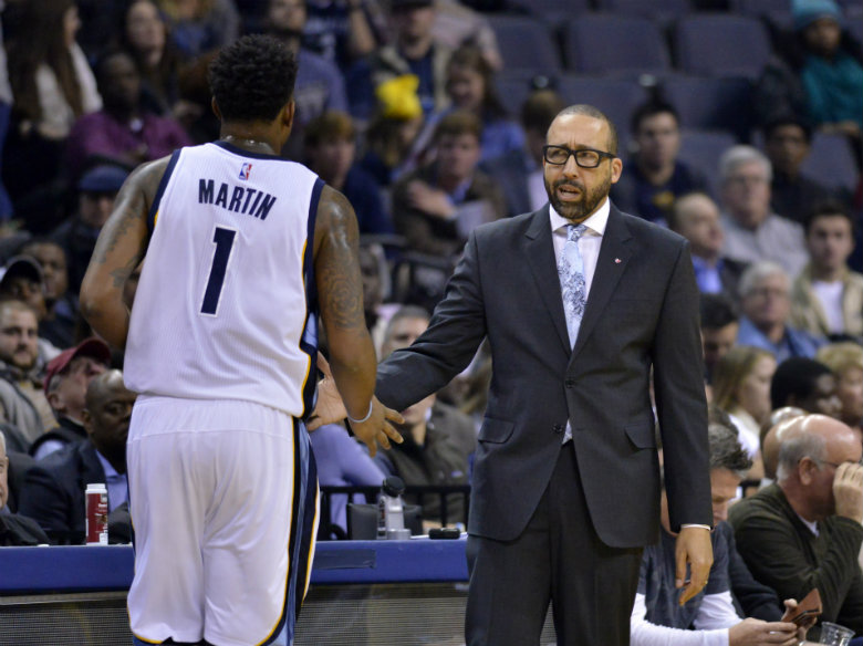 NBA fines Grizzlies' Fizdale $30,000 for officiating rant