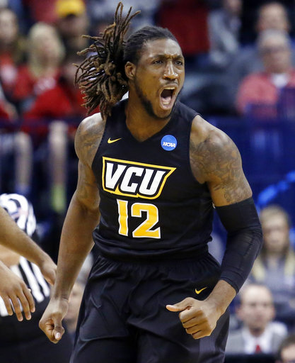 Former college basketballer agrees to NFL deal with Colts