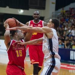 Elliott's near triple-double lets Hong Kong steal Game 3