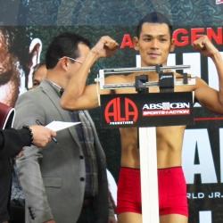 Villanueva at kalaban pasok ang timbang sa title eliminator
