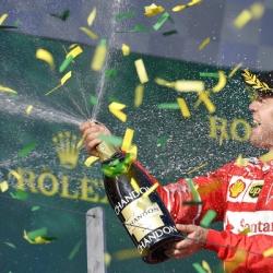 Vettel tips Mercedes to strike back at Ferrari in Russia