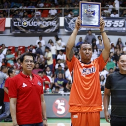 Redemption for Newsome after taking Slam Dunk title