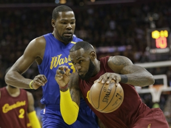 Cavs, Warriors sweeps mean time to rest, get mental breather