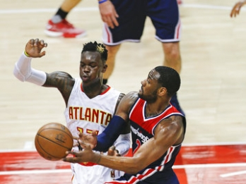 John Wall scores 42 points, Wizards eliminate Hawks 115-99