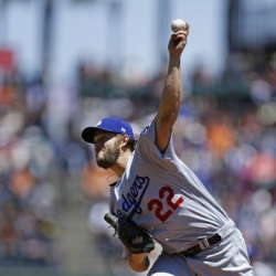 Kershaw fires Dodgers to win over Giants