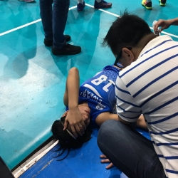 Lady Warrior Pablo down with back injury