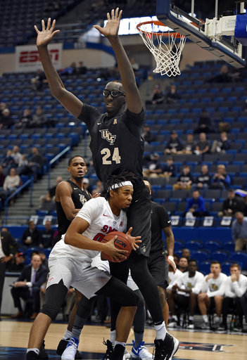 UCF's 7-foot-6 Tacko Fall does pre-draft workout with Magic