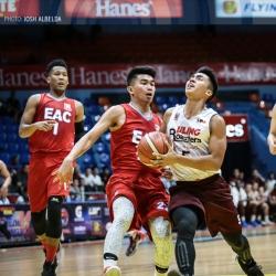 Dario's 'lucky shot' keeps UP's slate spotless