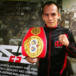 All in good time for new champion Milan Melindo