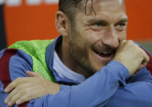 Totti leaves future uncertain before final match with Roma