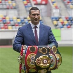 Wladimir Klitschko says he'll decide future within 2 weeks