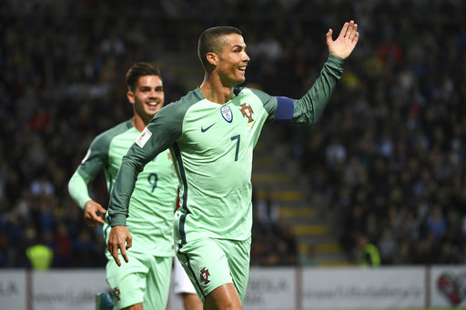 Ronaldo shines for Portugal while Lloris dims French hopes