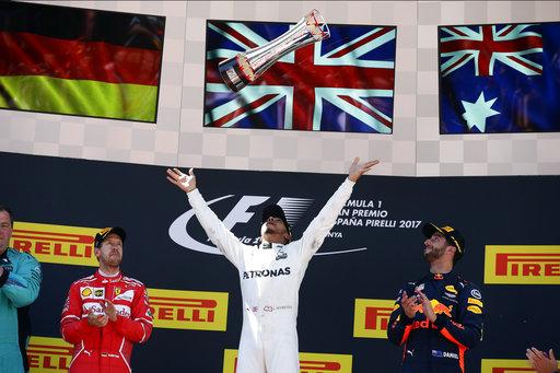 Lewis Hamilton reigns in Canada again!