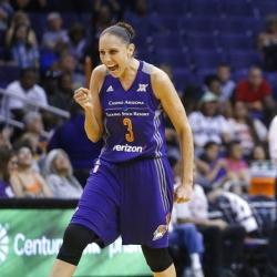 Mercury's Taurasi adds to resume with WNBA scoring mark