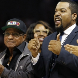 Ice Cube: Big3 open to moving venue for Mayweather fight