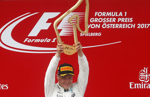 Bottas takes Austrian GP pole position